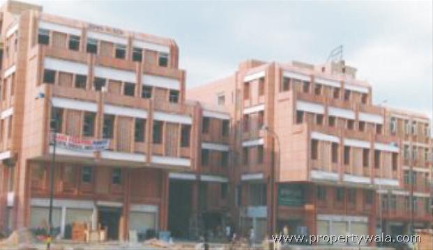 Wave One Noida Sector 18 Plaza Sector 18 Noida
