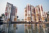 2 Bedroom Flat for sale in Diamond City West, Chowrasta, Kolkata
